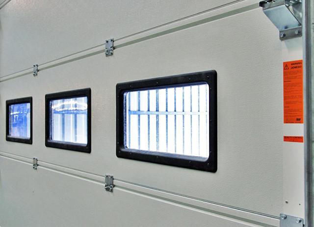 7.4. Akriliniai langai